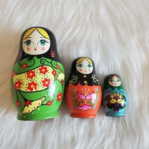 Vintage Wooden Painted Russian Nesting Doll Set